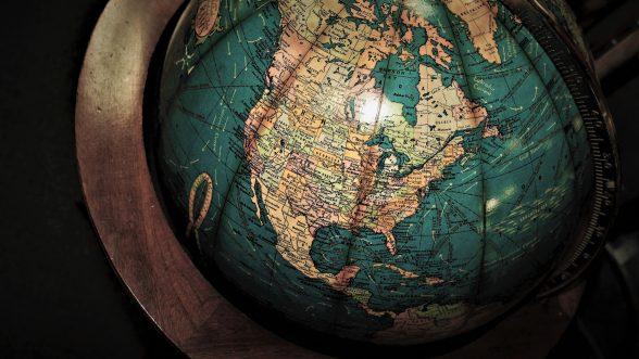study-abroad-fair-globe
